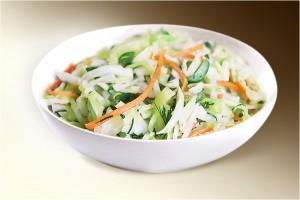Салат «Витаминка» (капуста, морковь, огурец, горошек, р-м) 150 г