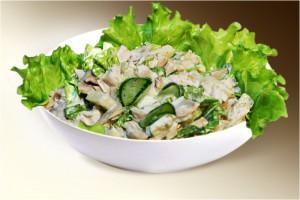 Салат «Фермер» (филе кур., колбаса, картошка, огурец, яйцо, м-з) 150 г