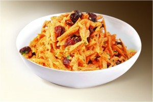"Салат  ""Морковкь с изюмом"" (морковь, изюм, сахар, сметана) 150 г"