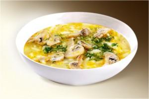 Суп «Лапша грибная» (грибы, картофель, лук, морковь, лапша, специи, зелень) 300 г