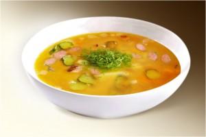 Суп «Быстрый рассольник с рисом» (рис, сол.огурец, картофель, морковь, лук, корень петрушки, сосиски, лимон) 300 г