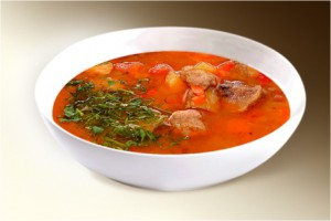 Суп «Мастава» (говяд., картофель, лук, морковь, рис, помидор, специи) 300 г