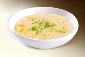 Суп «Кулеш чесночный» (пшено, морковь, чеснок, лук, картофель, бульон, томат, специи) 300 г