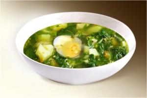 Суп «Щи зеленые с грибами» (шпинат, картофель, лук, грибы, яйцо, бульон, специи) 300 г