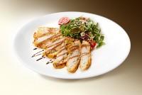 Куриное филе в кляре (филе кур., яйцо, панировка, специи) 120 г
