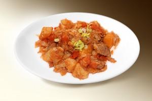 Мясной капустник (свин, капуста, картофель, лук, морковь, специи, сметана, томат) 250 г