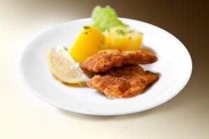 Эскалоп из курицы с лимоном (филе кур., лимон, петрушка, специи) 120 г