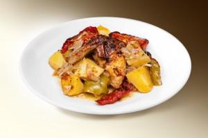Рагу с цыпленком (картофель, морковь, кабачки, лук, томат, специи, куры) 250 г