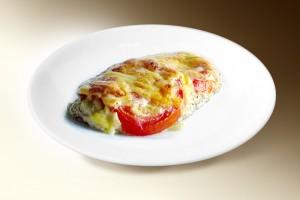 Филе куриное запеченное с сыром (филе кур, помидор, сыр) 120 г