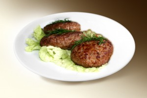 Котлеты по-домашнему (свин, говяд, яйцо, хлеб, панировка) 120 г